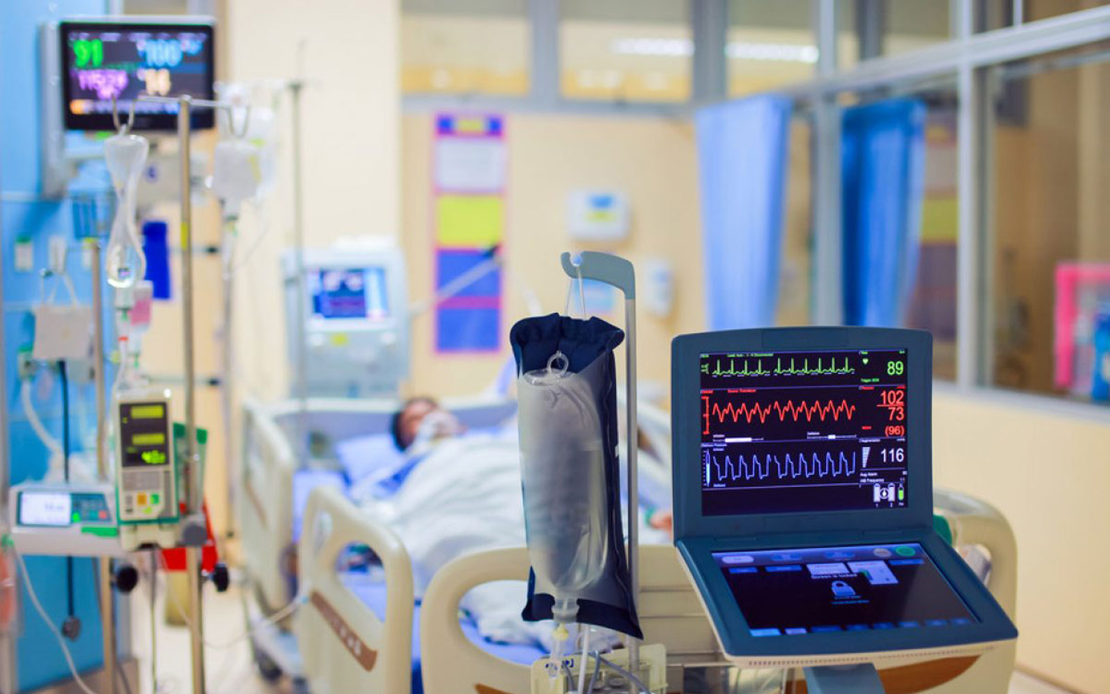 Dr. Arthur Vianna | Acompanhamento De Pacientes Na UTI